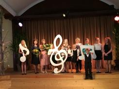 Kolkā jau 25. gadu ir mūzikas skola un nupat notika tās 20. izlaidums! Apsveicam kokļu klases absolventi Ievu Langzamu! 19.05.2018