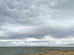Saulgriežu vakars Kolkasragā īsi pirms ilgi gaidītā lietus. 21.06.2018