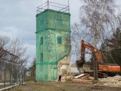 No zemes virsas pazūd vecā bākas uzrauga māja Kolkasragā. 25.02.2021. B.Šuvcānes foto